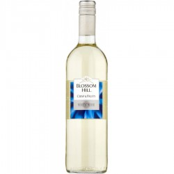 Blossom Hill Crisp & Fruity White 75cl 1